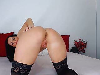 Sexy butt milf fingers booty
