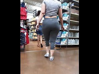 Hawt mommy in leggings seducing in the market
