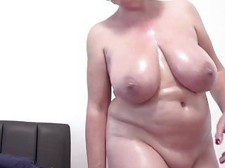 Hawt white milf likes fucking. sex junkie