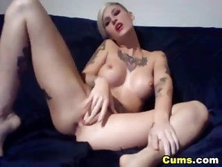 Large scones tattoed hottie reaches climax hd