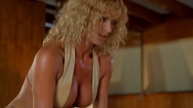 Bikini milf seduces inexperienced guy on boat