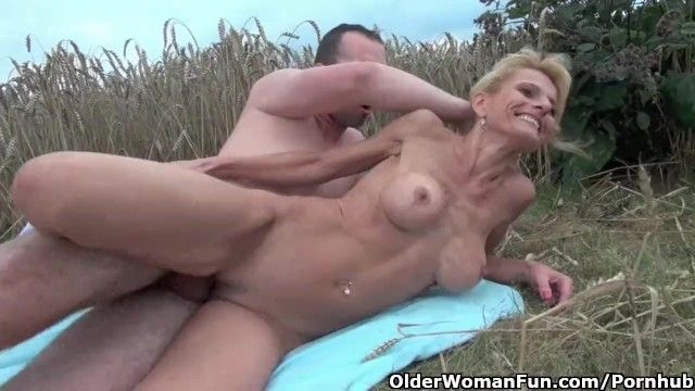 Hawt senior lady with large mambos acquires drilled outdoors