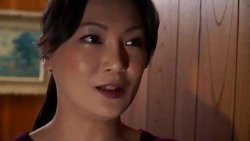 Concupiscent japanische Mutter kopuliert ihren Sohn in der Küche Link für mehr: link5s.co/hvbhw